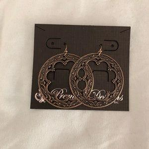 Chantilly Earring Set